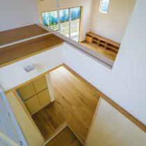 階段室上部からの見下ろし